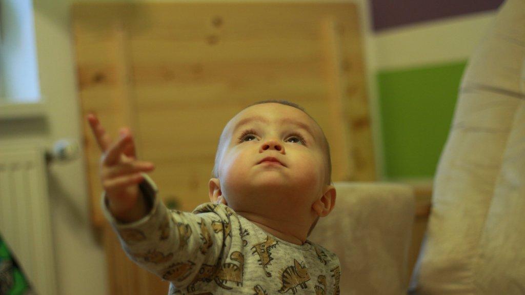 Babajelbeszéd - a lámpa babajele